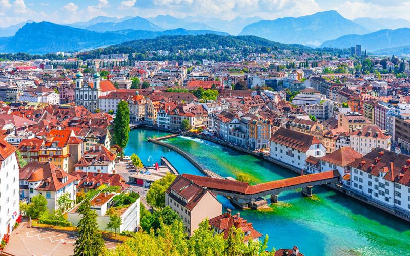 Lucerne – Meandering Boulevards